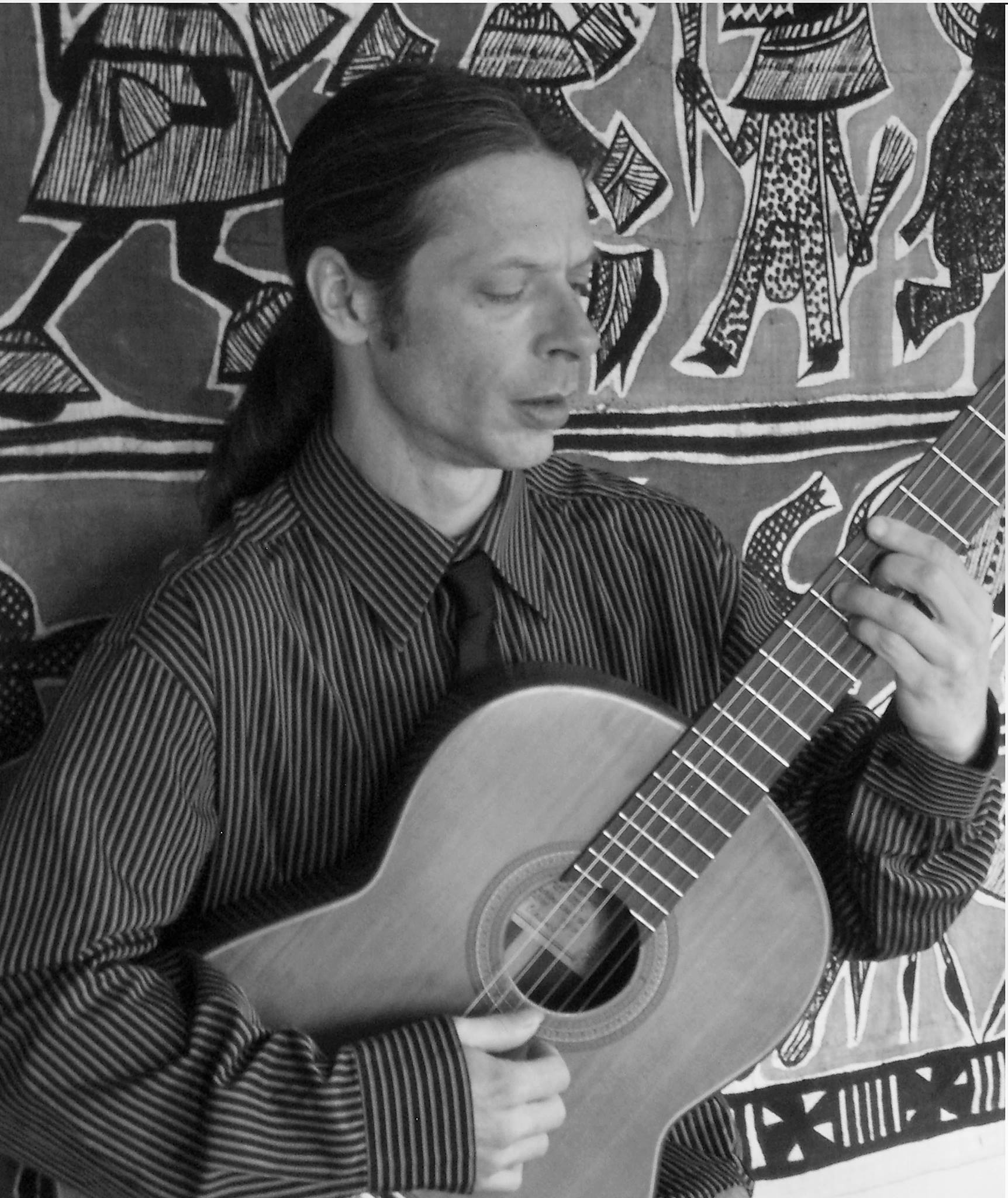 Simon Schumph Classical Guitar